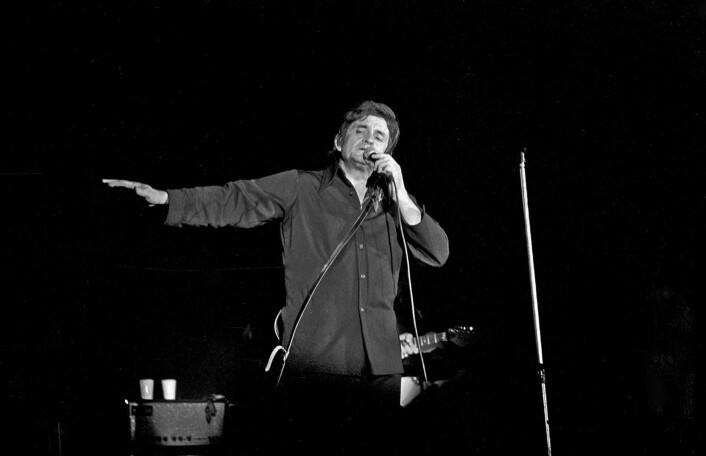 Hva ville Cash selv ha syntes om å få en tarantell oppkalt etter seg? Ikke godt å si. Her fra en konsert i Bremen i 1972.  (Foto: Heinrich Klaffs, tilgjengeliggjort av Wikimedia Commons)