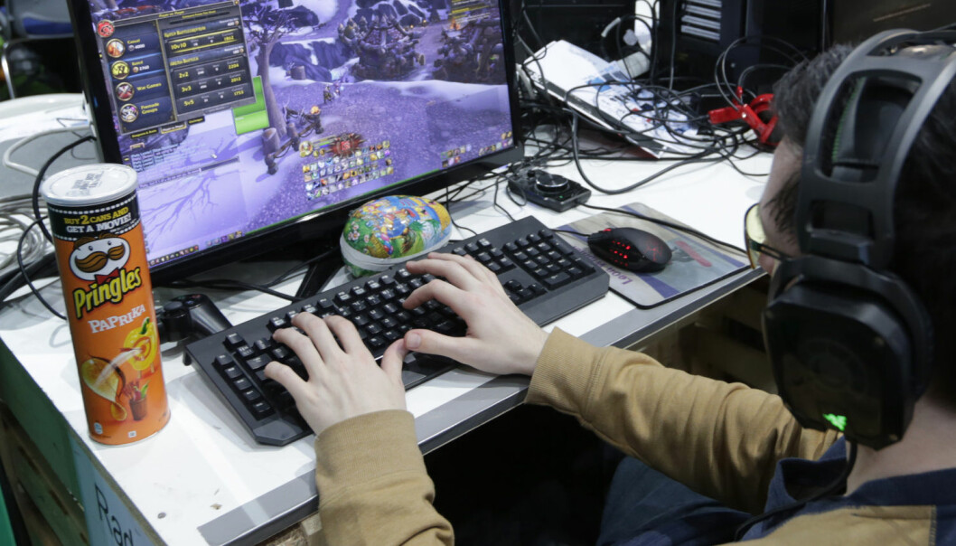 Flere studier tyder nå på at unge som spiller mye dataspill, også er gode i engelsk. Her fra The Gathering på Hamar.  (Foto: NTB Scanpix)