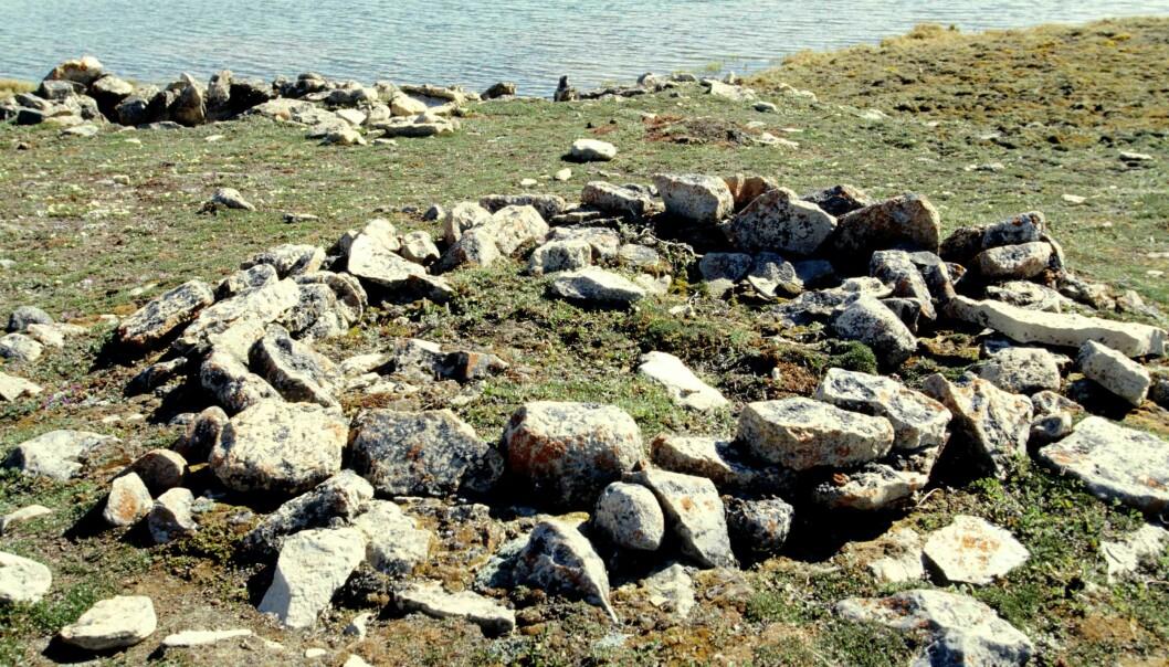 Et arkeologisk funnsted fra Thule-kulturen.  (Foto: Ansgar Walk, Creative Commons BY-SA 2.5)