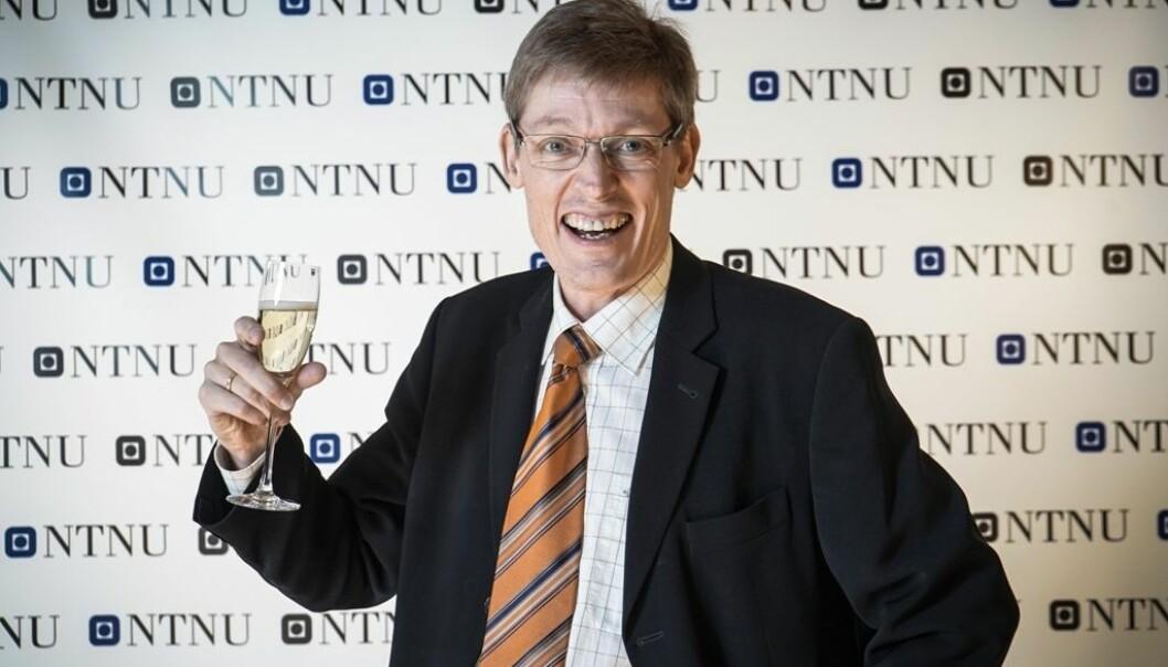 Jens Barland vil heller se på Farmen enn på Forsker Grand Prix. Eller vil han det? Han vil i hvert fall ikke være en elitistisk medieforsker.  (Foto: Kenneth Kalsnes)