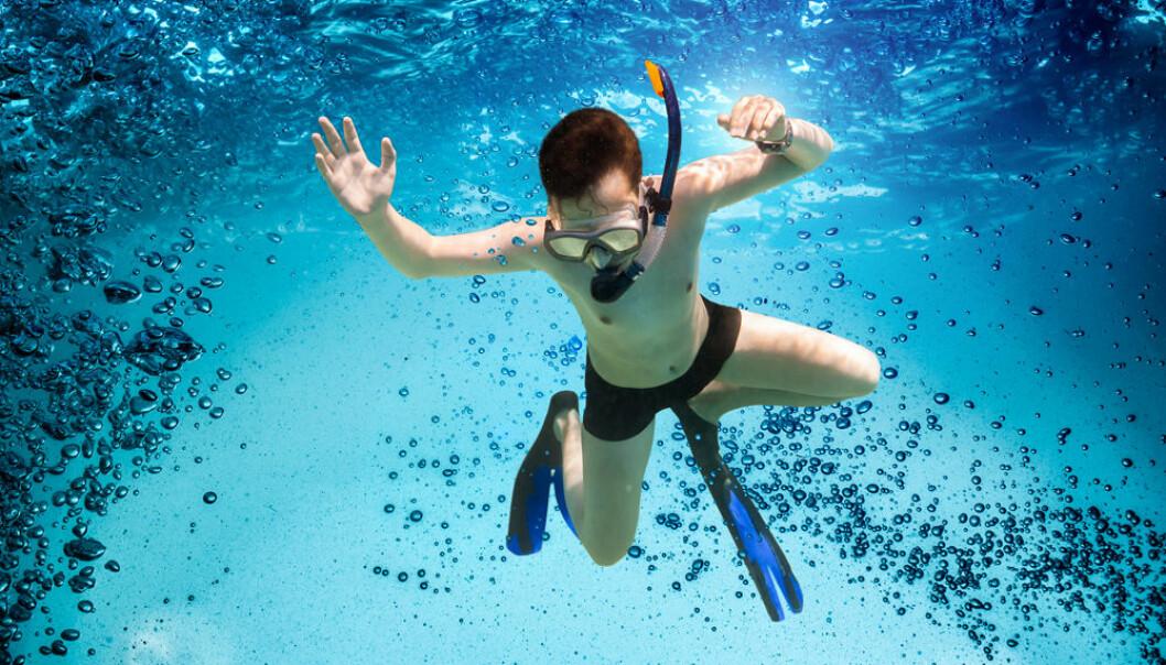 Selv erfarne svømmere lar seg drive ut  med strømmen til den avtar
