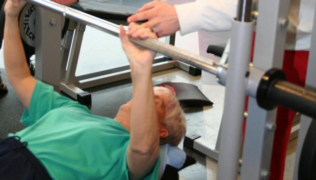Testpersonene som trente styrke med apparater på treningssenter, ble 25 prosent sterkere i overkroppen. (Foto: Hilde Lohne-Seiler)
