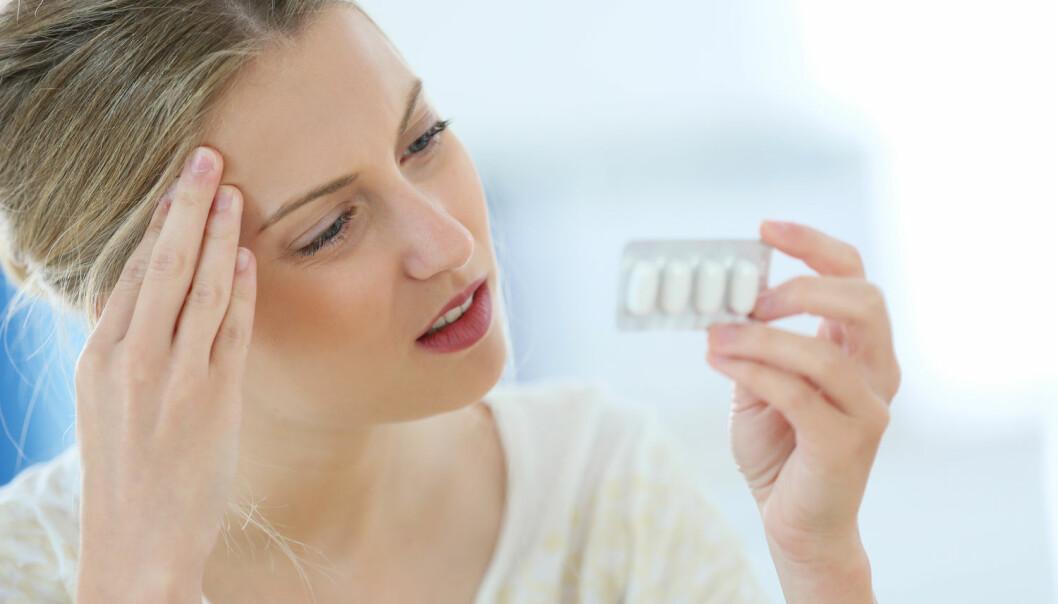 Når hodet dunker, er det helt normalt å ta en paracet. Men de siste årene har forskjellige studier pekt på mulige negative konsekvenser for foster. (Illustrasjonsfoto: Shutterstock, NTB scanpix)
