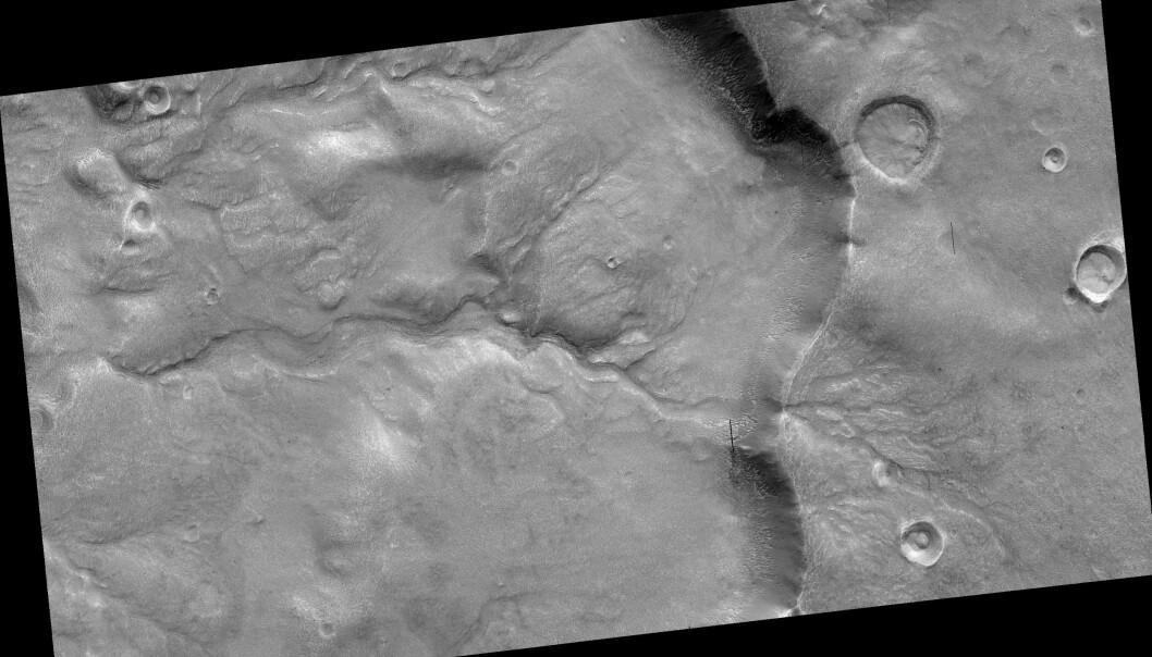 Et kjempegammelt elveleie på Mars, sett av Mars Reconnaissance Orbiter. (Foto: NASA/JPL/University of Arizona)