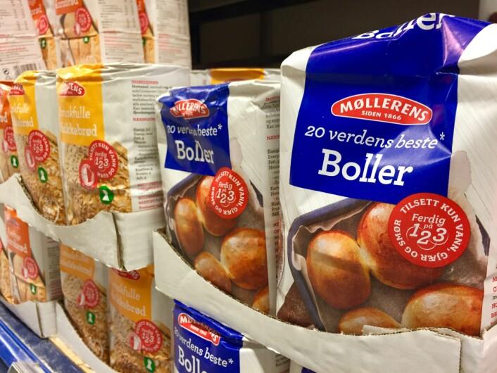 Produkter som mel, sukker og pasta kan være bra mat i flere år etter «Best før»-datoen.  (Foto: Bård Amunden/forskning.no)