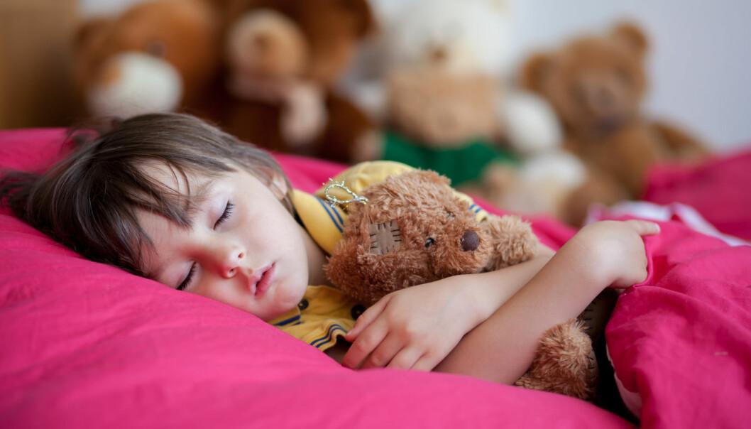 For lite eller for dårlig søvn kan bidra til overvekt hos barn og unge. Dessverre kommer ikke denne kunnskapen alltid ut til de som har vektproblemer. (Illustrasjonsfoto: Shutterstock, NTB scanpix)