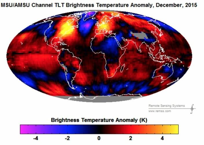 Satellittmålt temperatur-anomali i nedre troposfære for desember 2015. (Bilde: RSS)