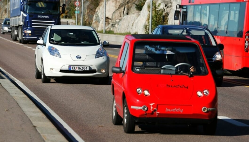 If non-electric cars with combustion engines are phased out as early as 2030, the amount of emissions in 2050 can be reduced by 85–90 percent compared with 2013. (Photo: NTB scanpix)