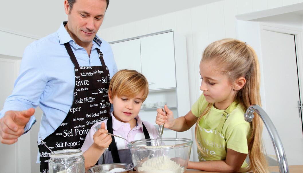 Skilsmissebarn som bor hos begge foreldre trives bedre