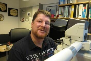 Professor Jens Pahnke leder avdelingen for nevropatologi ved UiOs medisinske fakultet.  (Foto: Bjarne Røsjø)