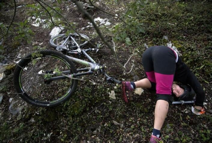 Det går ikke like bra alle gangene Maria setter utfor en bakke.  (Foto: Stig Brøndbo)