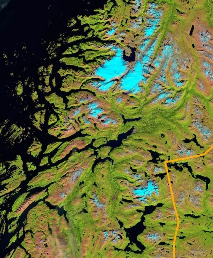 Nordland sett fra satellitten Sentinel-2A. (Bilde: Copernicus Sentinel data 2015. Prosessert ved Institutt for geofag, UiO).