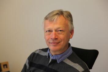 - Det hefter alltid noe ved penger, men i seg selv behøver det ikke bety at noe blir uetisk, sier Knut Ruyter i REK sør-øst. (Foto: UiO)