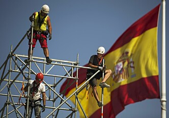 Spanish workers go north