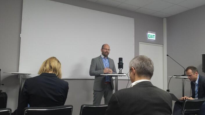 Steffen Kallbekken, CICERO, på dagens pressebriefing.  (Foto: Helge M. Markusson)