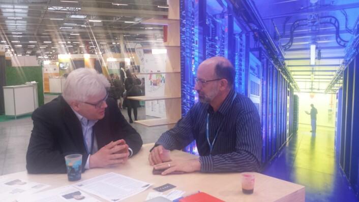 Møte med Bill Weihl, som driver med bærekraftig utvikling i Facebook. (Foto: Helge M. Markusson)
