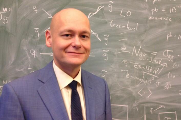 Professor Are Raklev ved Fysisk institutt ved Universitetet i Oslo. (Foto: Eivind Torgersen)