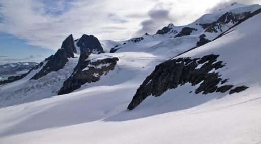 Forskeren forteller: Fant urgamle fjell på Svalbard