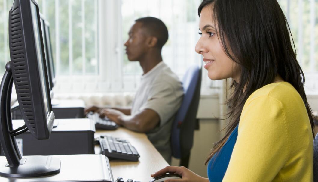 Utdanningsnivå og inntekt har fortsatt betydning for om amerikanere blir studenter, også om de melder seg på gratis nettstudier. (Illustrasjonsfoto: Colourbox)