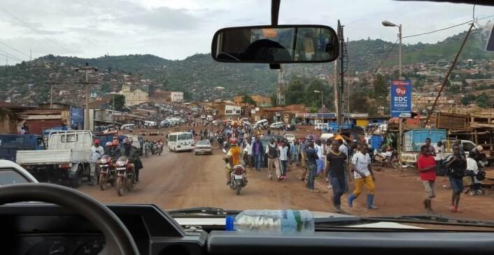 Morgenrush i Bukavu. (Foto: Gudrun Østby)