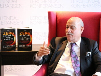 Jeremy Rifkin says the 3rd Industrial Revolution is coming, where microenergy generation and shared transport reduce our carbon footprint and make our lives greener. But will Norway take a leadership role in making this transition? (Photo: Nancy Bazilchuk/NTNU)