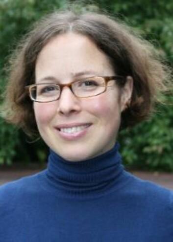 Sabine Wollscheid er forsker ved Nifu og har nylig gjort en oppsummeringsstudie av internasjonal forskning på nettbrett i skriveopplæringen.  (Foto: Halvard Dyb, NOVA)