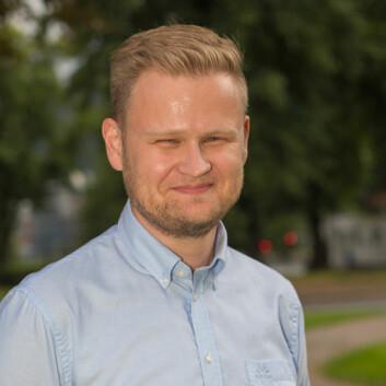 - IKT er en av de fem grunnferdighetene i skolen, påpeker rektor ved Åskollen skole Lars Christian Gjøsæther.   (Foto: Børre E. Helgerud)