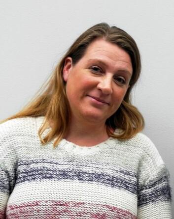 – Det er viktig at pasientene får forståelse for at det tar tid å komme seg, gjerne både uker og måneder, mener Marte Ørbo, forsker ved for Institutt for psykologi på UiT Norges arktiske universitet. (Foto: UiT)