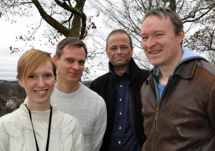 Forskergruppen på Christian Michelsen Research som står bak vindmøllesimulatoren. Fra venstre: Annette Stephansen, Yngve Heggelund, Benny Svardal og Chad Jarvis. (Foto: Gunn Janne Myrseth, Christian Michelsen Research)
