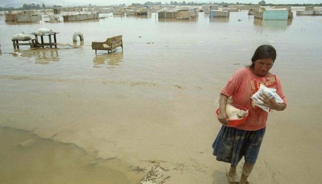 El niño forårsaker blant annet ekstreme mengder nedbør i områder i Peru. I 1998 forårsaket regnværet flom og jordras som førte til at over 25 000 mennesker ble hjemløse.  (Foto: Pilar Olivares/Scanpix.)