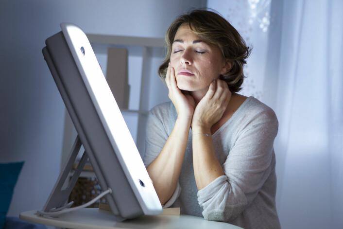 Lysterapi er like effektivt som antidepressive medisiner mot vinterdepresjon.  (Foto: Image Point Fr, Shutterstock, NTB scanpix)