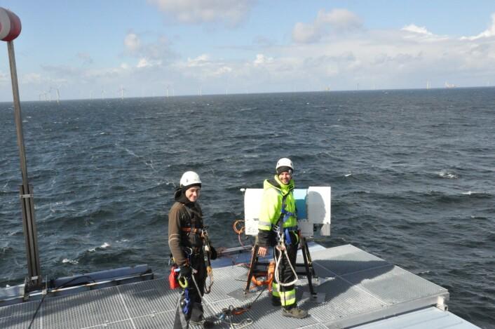 Det er nå satt i gang en stor og nytenkende målekampanje for å kartlegge vind- og bølgeforhold i en offshore vindpark. (Foto: Benny Svardal, CMR)