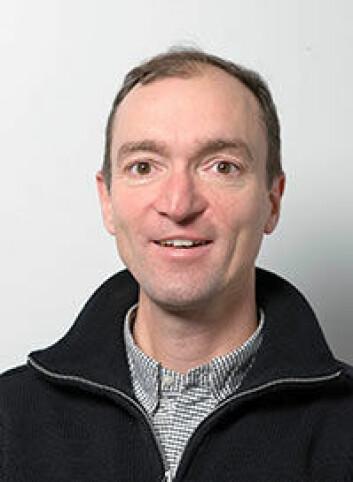 Bjørn Hofmann er professor ved Høgskolen i Gjøvik. Han er usikker på hva studien egentlig viser, og peker på at metoden gir en falsk-positiv-rate på 55 prosent.  (Foto: Høgskolen i Gjøvik)