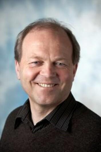 Tore Bjørgo er professor ved Politihøgskolen. - En av utfordringene er at radikaliseringsbegrepet ofte brukes altfor vidt og utydelig, både av politikere, journalister og forskere, sier han.  (Foto: Politihøgskolen)