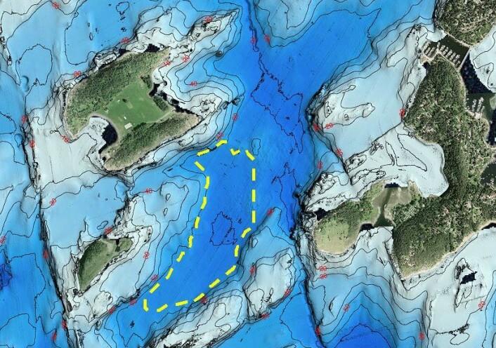 Den stiplede linjen viser grensene for dypvannsdeponiet mellom Langøyene og Malmøya. (Foto: (Kart: NGU))