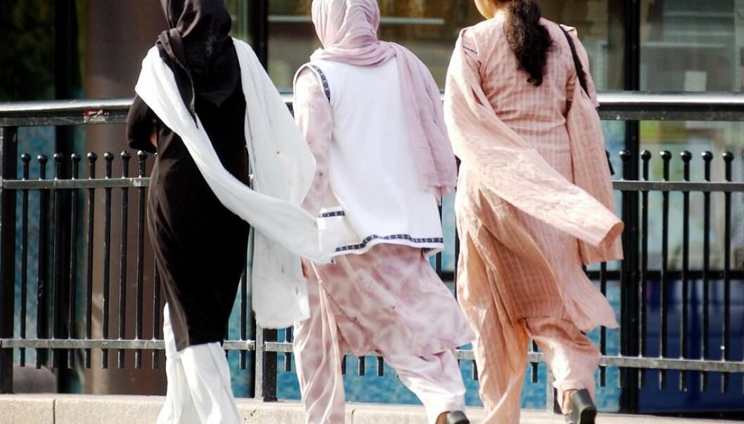 Innvandrerkvinner setter pris på friheten de har i Norge. Derfor har de i mindre grad enn innvandrermennene lyst til å vende tilbake til hjemlandet.  (Foto: Heiko Junge, NTB scanpix)