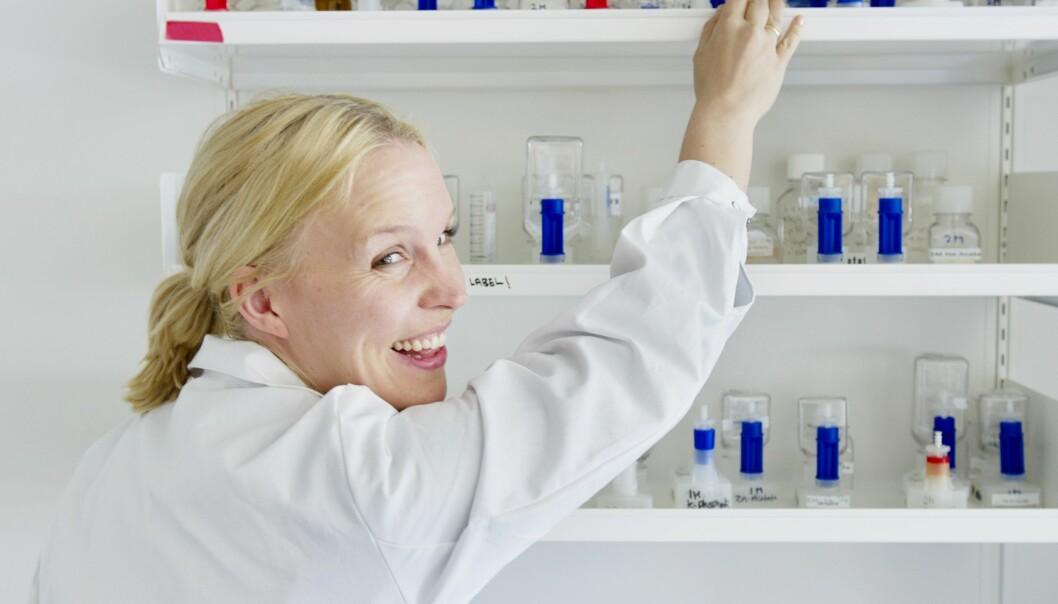 Kjersti Lian, forsker ved Universitetet i Tromsø, forsker på verdens tøffeste bakterie.  (Foto: UiT)