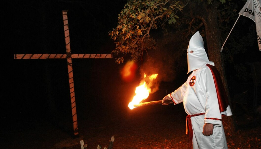 Sosiolog Kathleen M. Blee har intervjuet medlemmer av Ku Klux Klan og liknende miljøer som bruker vold og terror som våpen mot dem de betrakter som underlegne. (Illustrasjonsfoto: Reuters)