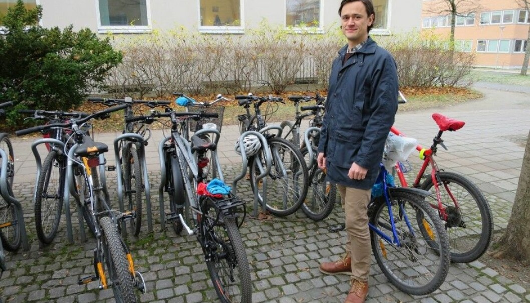 A car-free day is one of seven actions that can make a difference in your personal carbon footprint, but if you go without a car it can be good to have a bike, says Kjartan Steen-Olsen. (Photo: Maren Agdestein, NTNU)