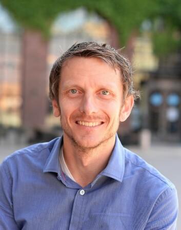Tarjei Helland, høgskolelektor i samfunnsfagsdidaktikk og stipendiat ved Institutt for grunnskole- og faglærerutdanning på HiOA. (Foto: Sonja Balci)