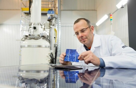 Searching for more efficient solar cells