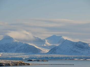 The transport of environmental contaminants to the Arctic via water and air is a threat to nature. The field work involved in the research was carried out in and around the Kongsfjorden system on Svalbard. (Photo: Helge M. Markusson, Fram Centre)