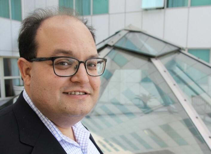 Ivan Oransky driver bloggen Retraction Watch som overvåker tilbaketrekkinger av vitenskapelige artikler. (Foto: Elin Fugelsnes)