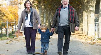 Færre ensomme eldre i Norge