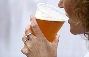 Fewer heart problems in people who drink moderately but often