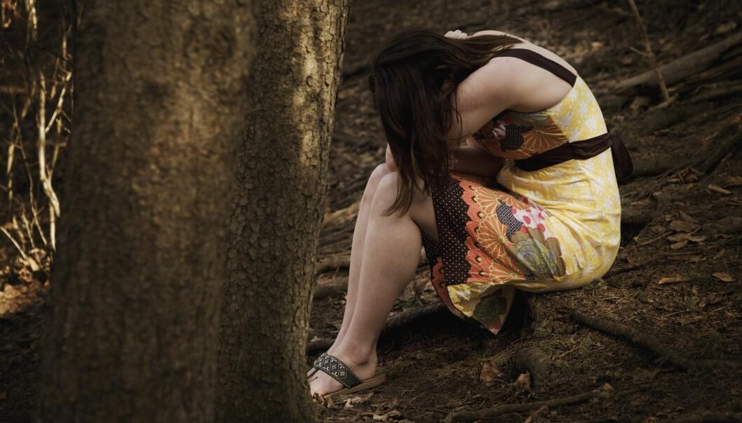 En oppvekst med vold eller overgrep kan føre til selvskading og psykiske lidelser. Men ikke for alle.  (Foto: Microstock, NTB scanpix)