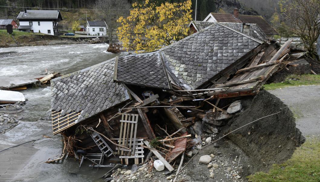 Flommen herjet i Flåm i oktober 2014.  (FOTO: Helge Mikalsen, VG/NTB scanpix)