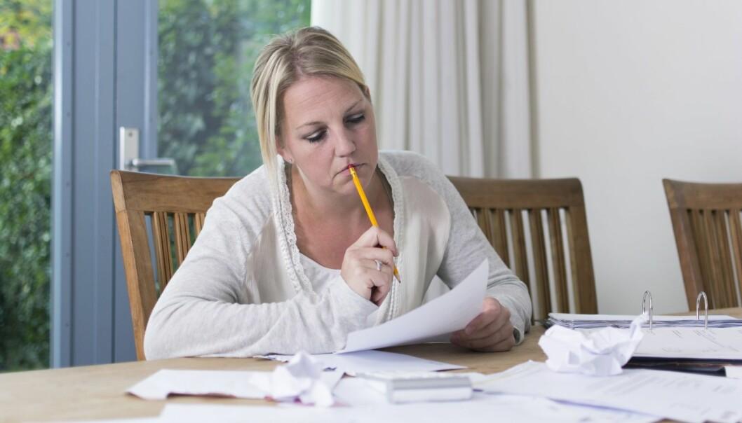 Vi har i stor grad oversett utfordringene alenemødre har i dag, ifølge professor. (Foto: Microstock, NTB scanpix)