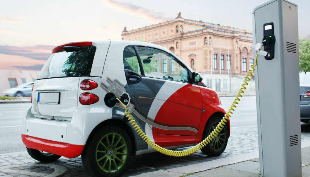 What measures will encourage more people to buy electric cars in Norway? The advice from researchers is for the country to continue combining national excise exemptions with instruments that reduce inconvenience and benefit drivers in terms of everyday motoring. (Illustrative photo: Colourbox.)