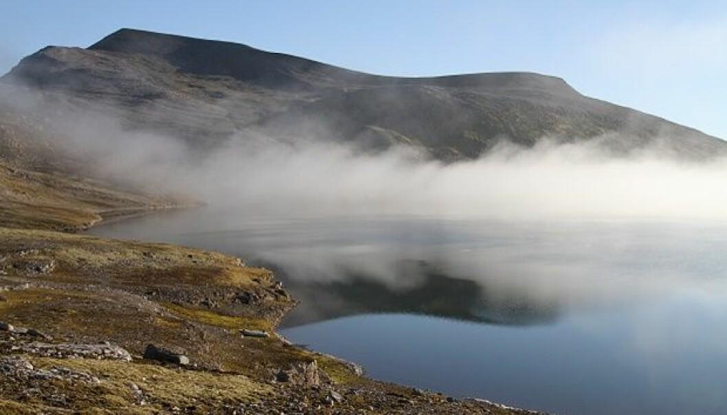 Lake Ellasjøen, Bear Island (Bjørnøya). (Photo: Guttorm Christensen, Akvaplan-NIVA)
